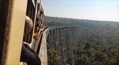 電車のチケットを買うときに チケットの買い方 ゴッティ鉄橋 シポー シッポー Gok Hteik Bridge Hsipaw ミャンマー