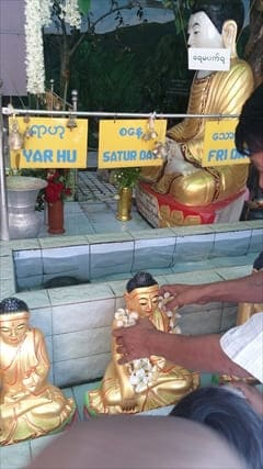 Mahamuni Image 写真 photo ミャンマー Myanmar マンダレー Mandalay