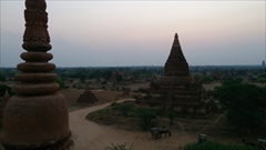 シュエサンド・パゴダ Shwesandaw Pagoda バガン Bagan 写真 Photo