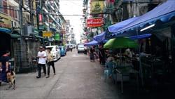 チャイナ・タウン China Town ヤンゴン yangon バーベキュー BBQ 晩ご飯 ディナー ミャンマー 旅行 観光