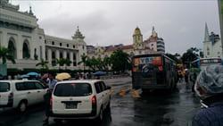 スーレー・パゴダ Sule Pagoda 写真 yangon ヤンゴン ミャンマー 旅行 観光 情報 おすすめ Myanmar Travel Information